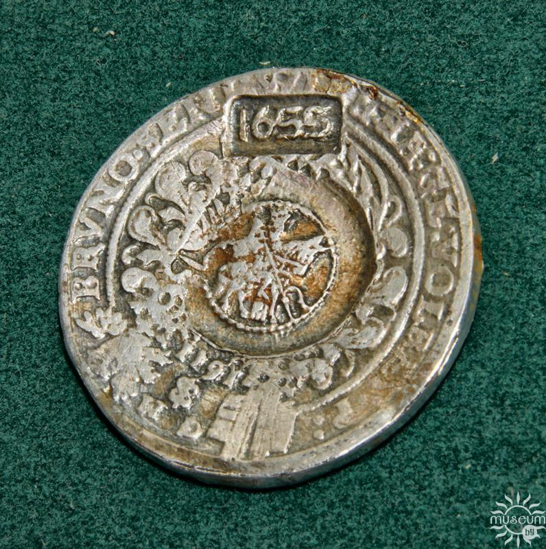 Ephimok with a feature (Thaler). Germany, 1611; Russia (Moscow mint), 1655. Silver, D-40,0 mm. Excavations by V. Bulkhin. Upper Castle, Polotsk, 1979.